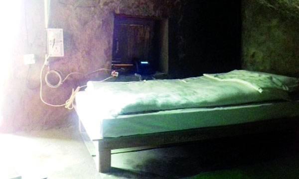 Kedarnath cave
