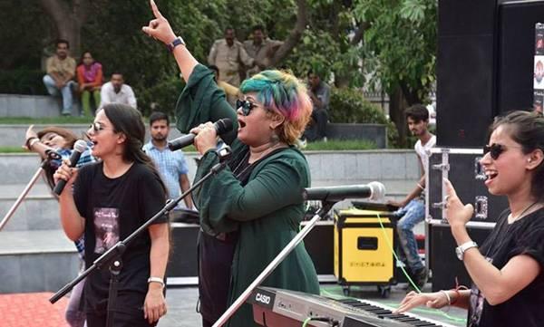 Female music band, Meri zindagi