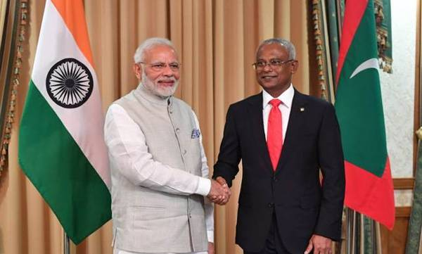 PM Modi, Surprise gift,  Maldives President