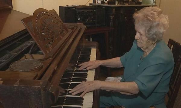Pianist,  Poland