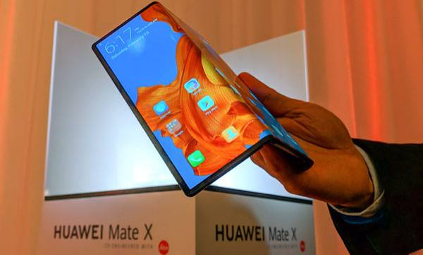 Huawei Mate X foldable phone will launch
