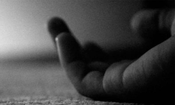 killed five minor daughters